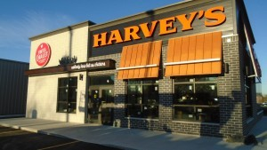 Harvey's, Swiss Chalet, Opportunities, Restaurants, New Business Opportunities, Combo Restaurants